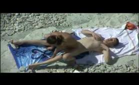 Τα πιο ανυποπτα γαμήσια στις Ελληνικές παραλίες